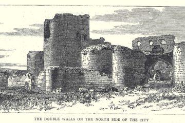 Двойные стены северной стороны города Ани