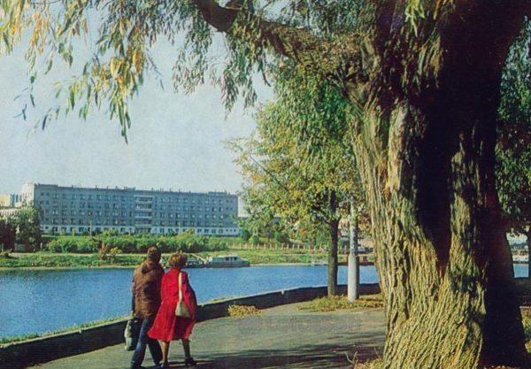 Псков. Набережная реки Великой, 1983 год