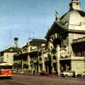 Железнодорожный вокзал. Черновцы, 1968 год