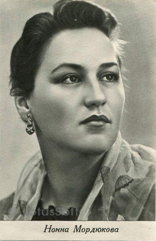 Мордюкова Нонна, 1973 год