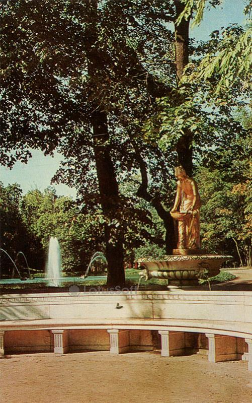 "Петродворец. Фонтан ""Нимфа"", 1970 год"