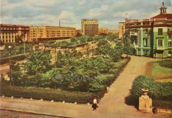 Свердловск, площадь Парижской Коммуны, 1967 год