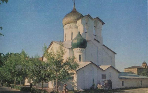 Церковь Николы со Усохи. 1537 г. Псков, 1969 год