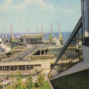 Вид на морской порт. Одесса, 1973 год