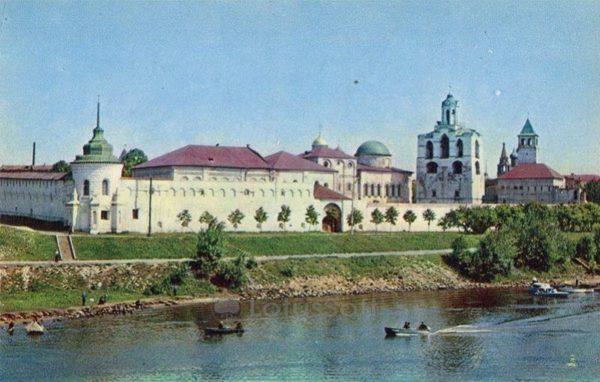 Ансамбль Спасо-Преображенского монастыря. Ярославль, 1973 год