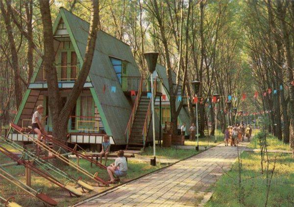 База отдыха на берегу реки Дон. Ростов на Дону, 1981 год