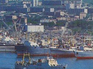 Sea port. Vladivostok, 1981