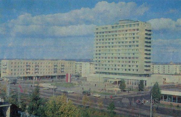 "Гостиница ""Татарстан"". Набережные Челны, 1981 год"