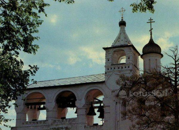 Звонница Спасо-Ефимовского монастыря. Суздаль, 1983 год