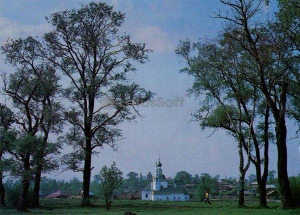 Богоявленская летняя и Рождественская зимняя церковь. Суздаль, 1983 год