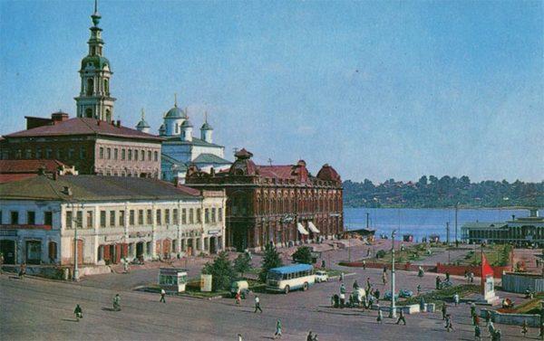 Площадь Революции. Кинешма, 1971 год