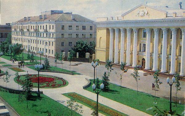 Улица Державинская. Дом политического просвещения. Тамбов, 1982 год