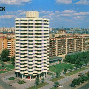 Жилой дом на ул. В. Хоружей. Минск, 1990 год