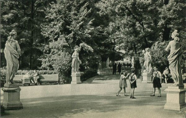 Playground on the main avenue of the Summer Garden, 1969