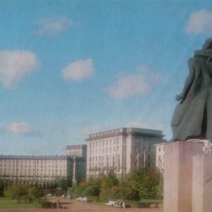 Комсомольска площадь. Ленинград, 1976 год