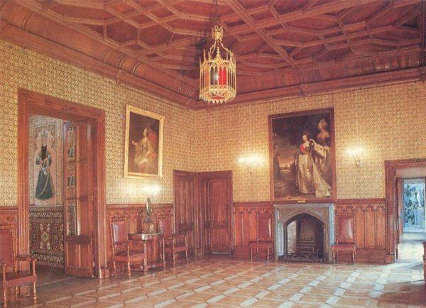 The lobby of the palace. Alupka Palace-Museum. Crimea, 1988