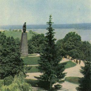 Памятник Т.Г. Шевченко.  Канев, 1968 год