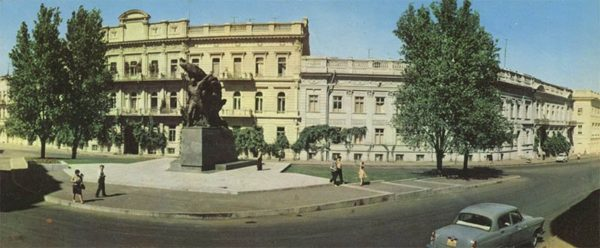 "Одесса. Памятник ""Восстание на броненосце Потемкин"". (1973)"