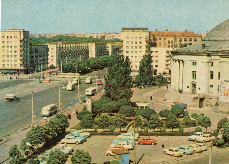 Victory Square, Kiev, 1970