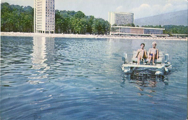 Морская прогулка, Пицунда, 1970 год