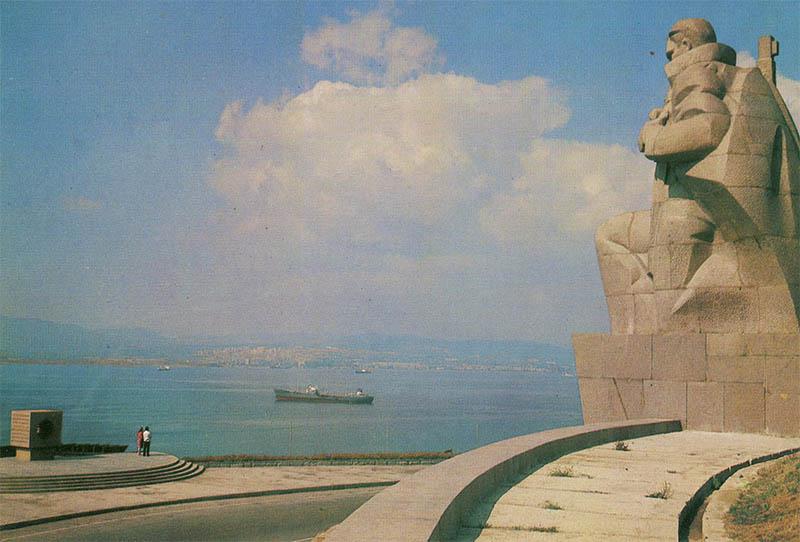 Monument of flooded ships, Novorossiysk, 1983
