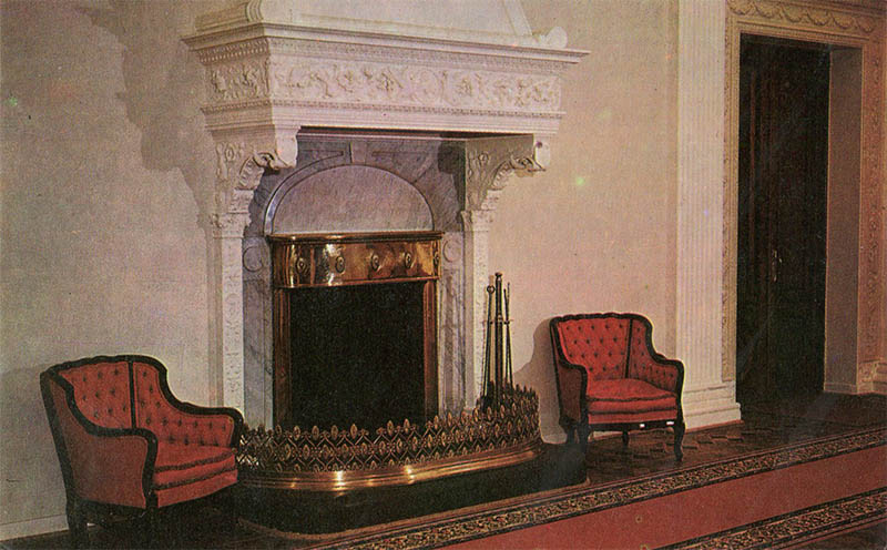 Fireplace in the lobby of the Livadia Palace, 1976